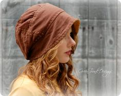 Resultado de imagem para slouch hat from 2 recycled t-shirts Mori Girl Fashion, Forest Girl, Recycled T Shirts, News Boy Hat, Mode Style, Refashion, Beret, Headpiece, Couture