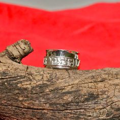Sterling Silver Scripture Spinner Ring with relief engraving approx.