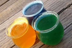 Homemade Air Fresheners- Okay, where can I buy essential oil? I have been looki… Homemade Air Fresheners- Okay, where can I buy essential oil? I have been looking, but I don't exactly have the time to browse with an active 1 year old. Diy Cleaners, Cleaners Homemade, Household Cleaners, Diy Cleaning Products, Cleaning Hacks, Household Products, Homemade Products, Bath Products, Cleaning Solutions