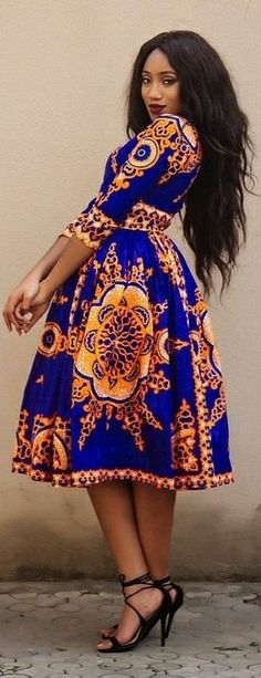 ❤Ankara African print midi VICTORIA dress with a V neck and 3/4 sleeve, fully lined with 2 side pockets and back zip.