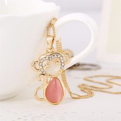 2016 Korean Hot Selling Creative Crystal Ornaments Sweater Chain Monkey Pendant Necklace