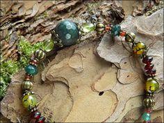 Bracelet large pierre facettée Agate mousse, Péridot, Grenat, Agate veine de dragon: ᘛ Murmures des ramures ᘚ : Bracelet par atelier-bijoux-legendaires