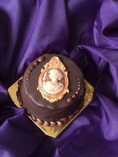 Eine einzigartige Verbindung von Musik und Torte - #Schokoladen #Kuchen für #Mozart Fans aus dem #Caferestaurant am #Tegernsee