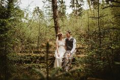 Real bride Sarah in the Claire Pettibone 'Willow' Wedding Dress | Photo: Christopher Currie feat. on Boho Weddings http://couture.clairepettibone.com/products/willow