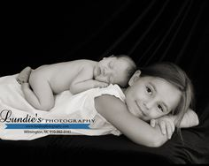 Newborn Photography Baby Sibling Pose Big Sister Little Brother