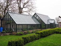 Love love love! Really want a greenhouse