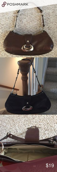 "Guess Handbag  This barely used Guess handbag is in great condition measuring at H 5"" x L 12"" x W 2.5""  Magnetic snap closure with exterior zipper compartment.  Interior features zipper compartment and two pockets.  Smoke-free, pet-free home. Guess Bags Mini Bags"