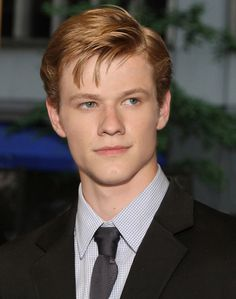 Live Action Cast Choice: Lucas Till as William Marveth (Journey Beyond Arthiana) Angus Macgyver, Macgyver 2016, Lucas Till Macgyver, Teen Boy Haircuts, Haircuts For Men, Best Series, X Men, Celebrity Crush, Beautiful Men