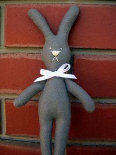 Felt bunny rabbit tutorial, so cute. Thanks for posting and sharing xox