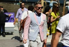 Nick Wooster looking undoubtedly masculine in pastels at Pitti.