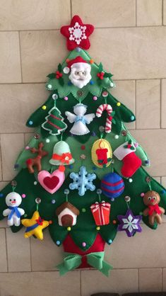Craft for toddlers christmas felt tree 62 ideas. Kids will love this Christmas Felt tree. They enjoy creating their Christmas tree. Felt Christmas Decorations, Small Christmas Trees, Felt Christmas Ornaments, Christmas Tree For Toddlers, Lawn Decorations, Toddler Christmas, Xmas Tree, Christmas Stockings, Tree Crafts