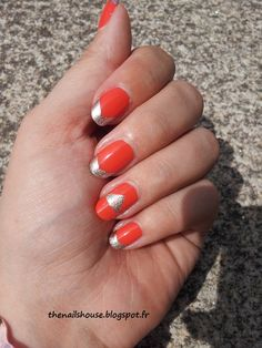 nail art french triangle
