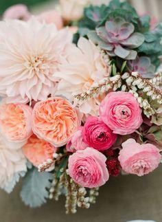 REVEL: Peach Pink Bouquet