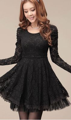 I loved this little black dress. This is perfect. Okay, it looks like a princess dress but with a dark touch and I adored this. I'm not the best fan of pink and my favorite color is black so I think this dress is perfect (: