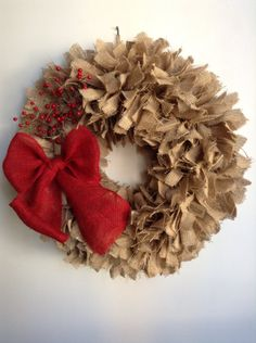 Burlap Christmas Wreath - 20 Stunning Handmade Christmas Wreaths