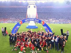 Portugal team celebrates their victory in a Final of Euro 2016. Video. Winners of Euro 2016 celebrate their victory after final. ... 30 PHOTOS ... EURO 2016 CHAMPIONS: Portugal! Originally posted: http://softfern.com/NewsDtls.aspx?id=1106&catgry=6 SoftFern News, SoftFern Sport News, SoftFern Football News, Euro 2016, SoftFern videos, Ronaldo, final, Griezmann, Pepe, Portugal v France, Payet; Giroud, Evra; Pogba, Matuidi, Sissoko, Lloris, Eder, Renato Sanc