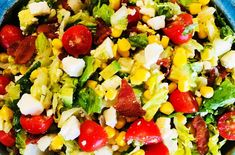 BLT Salad with Corn Avocado and Feta is tossed with a homemade sweet lime vinaigrette, such a gorgeous and healthy dinner idea Sweet Potato Skins, Loaded Sweet Potato, Sweet Potato Wedges, Cheesy Orzo, Moo Shu Pork, Buffalo Chicken Pizza, Blt Salad, Pork Lettuce Wraps, Toscana Soup