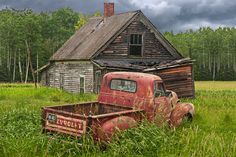 Red Pickup Truck Abandoned Farm House Rusty Auto Chevy Truck Farm Homestead Old Farm Forlorn Auto Rural Landscape Auto Photograph Abandoned Farm Houses, Abandoned Cars, Abandoned Places, Abandoned Vehicles, Old Farm Houses, Vintage Houses, Abandoned Homes, Abandoned Buildings, Chevy Pickup Trucks