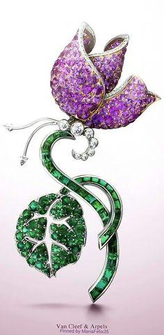 Van Cleef & Arpels Butterfly Clip #gemstonebrooches