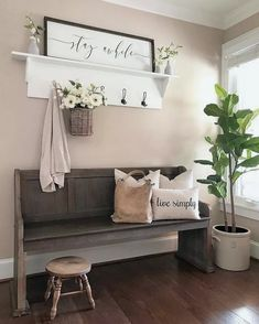 47 Incredible Farmhouse Entryway Decor Ideas To Copy Asap What is Decoration? Decoration is the art of decorating the interior … Home Garden Design, Home Design, Interior Design, Design Ideas, Interior Colors, Nest Design, Interior Paint, Upper East Side Apartment, Living Room Decor