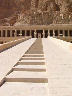 Temple of Hatshepsut - Deir el-Bahri, Egypt
