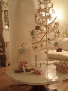 Christmas with white and pastels!! (: