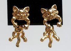 Cat EarringsVintage Earrings Gold Tone Earrings by GimmeeDatBling
