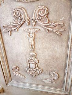 IOD mould decors