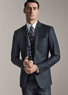 dolce and gabbana winter 2016 man collection 04 Dolce & Gabbana, Mens Clothing Sale, Men's Clothing, Expensive Clothes, Sartorialist, Groom Outfit, Designer Clothes For Men, Office Looks, Business Outfits
