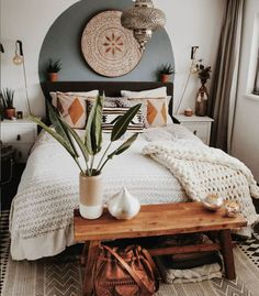 Favorite Boho bedroom - Green Home Bohemian Style Bedrooms, Boho Bedroom Decor, Room Ideas Bedroom, Home Bedroom, Modern Bedroom, Master Bedroom, Contemporary Bedroom, Bedroom Designs, Boho Room