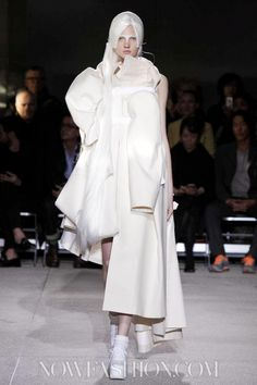 Comme des Garcons Ready To Wear Spring Summer 2013 Paris