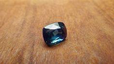 Blue Sapphire 2.06ct / Madagascar  ブルーサファイア / マダガスカル産 weight:2.06ct size(mm):H7.38xW5.34xD5.39 硬度:9
