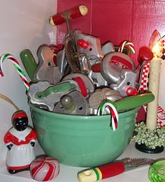 Love the bowl and the vintage utensils  I use an old Crisco can that has cookie recipes on it turn it over and let the vintage cookie cutters speal out. pat