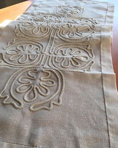 Marlene Barron's media content and analytics Japanese Embroidery, White Embroidery, Hand Embroidery, Romanian Lace, Cross Stitch Borders, Sewing Stitches, Clothing Patterns, Table Runners, Diy And Crafts