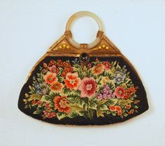 VINTAGE TAPESTRY PURSE WITH CHINESE GENUINE JADE BANGLE HANDLE