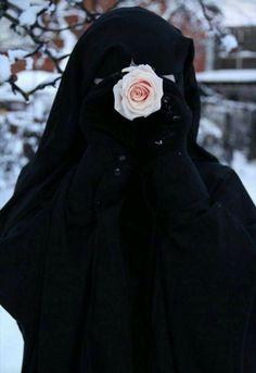 Niqab Fashion, Modest Fashion Hijab, Muslim Fashion, Hijab Niqab, Muslim Hijab, Mode Hijab, Arab Girls Hijab, Muslim Girls, Beautiful Muslim Women