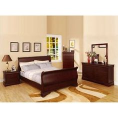 furniture of america easley 4 piece sleigh queen bedroom set in cherry - Categoria: Avisos Clasificados Gratis  Item Condition: NewFurniture of America Easley 4 Piece Sleigh Queen Bedroom Set in CherryOUR SKU# 1511463 ConditionBrand NewProduct DetailsFeatures:Finish: CherryMaterial: Solid wood, wood veneer, metal, glassTransitional styleSleek sleigh bedLarge sturdy bracket feet2 drawers in nightstandSilver accent ring pullsSmooth center metal glides6 spacious drawers in…