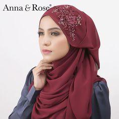 Design unik @annaandrose.co 2016. Ok tunggu yaaa sayang sayang semuaaa! 😘  #comingsoon #signatureshawl Anna Rose, Hijab Tutorial, Hijab Styles, Beautiful Hijab, Pashmina Scarf, Niqab, Hijab Fashion, Shawl, Casual Outfits