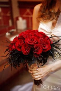 Red Roses w/Black Feathers Bridal Bouquet Prom Bouquet, Feather Bouquet, Red Rose Bouquet, Bride Bouquets, Poppy Bouquet, Black Red Wedding, Red Wedding Flowers, Prom Flowers, Homecoming Flowers