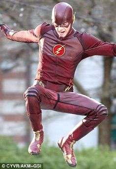Grant Gustin in costume as The Flash for new TV series | Daily Mail Online New Tv Series, Dc Comics Superheroes, Old Shows, Grant Gustin, 24 Years Old, The Cw, The Flash, First Photo, Mail Online