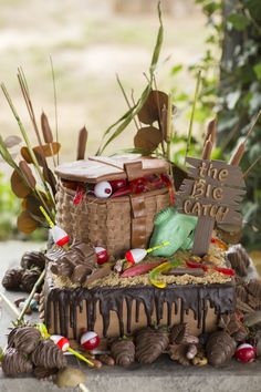 Rustic Groom's Cake With Tackle Box