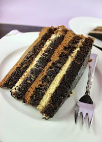 M's Bakery: Torta od čokolade i naranče / Chocolate Orange Cake Torte Recepti, Kolaci I Torte, Baking Recipes, Cake Recipes, Dessert Recipes, Sweet Desserts, Sweet Recipes, Cake Serving Guide, Torte Cake