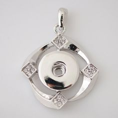 (This is for pendant only) Diameter Size: 37 x 37 mm Material: Zinc Alloy