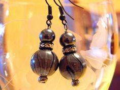 Grey and Black dangle earring
