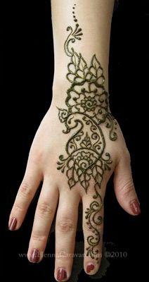 henna peacock mehndi