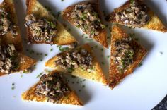 creamed mushrooms, chive butter toasts by smitten, via Flickr