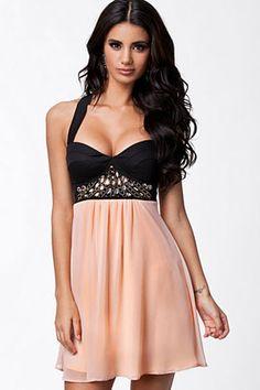 vestido skater negro y salmon Club Dresses, Nice Dresses, Short Dresses, Chiffon Dress, Dress Skirt, Dress Up, Pink Dress, Babydoll Dress, Sequin Dress