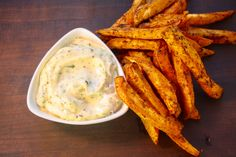How to Make Sweet Potato Fries. Spiced Sweet Potato Fries with Garlic Herb Mayo will knock your socks off! Real Food Recipes, Cooking Recipes, Yummy Food, Healthy Dips, Healthy Recipes, Healthy Food, Healthy Eating, Making Sweet Potato Fries, Potato Dishes