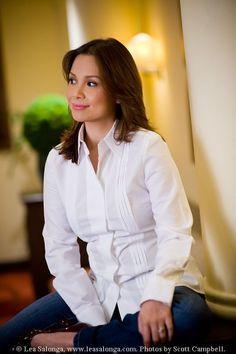 Lea Salonga. My new role model. Smart, talented, funny, beautiful, and God fearing. She's a Filipina too. She's perfect!