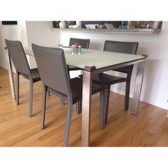 BoConcept Black Dining Table w/ 6 Chairs | SoHo Apartment | Pinterest
